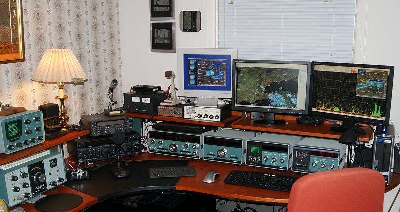 Amateur Radio Station Wb4omm: He Venerable Old Heathkit HW101, My First Radio, On The