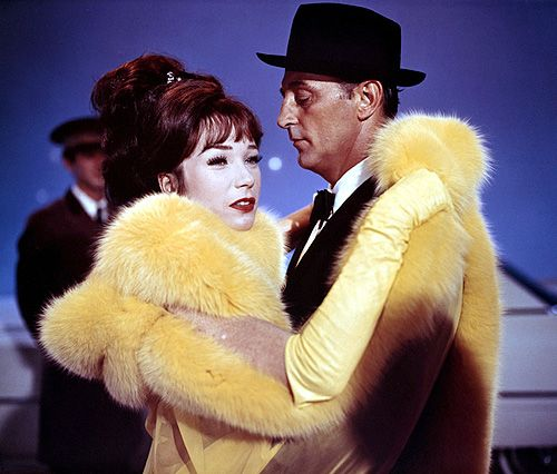 Shirley MacLaine and Robert Mitchum in What a Way to Go!, 1964.