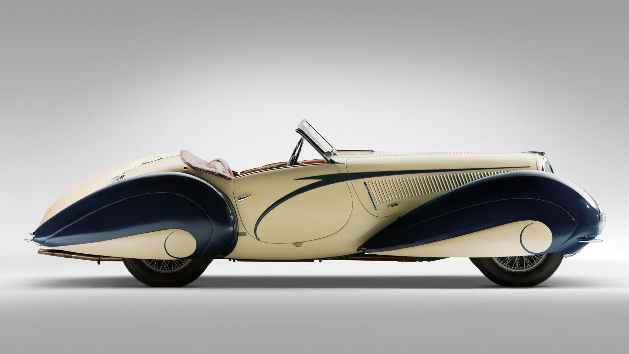World\'s most beautiful car up for sale | Amazing Classic Cars ...