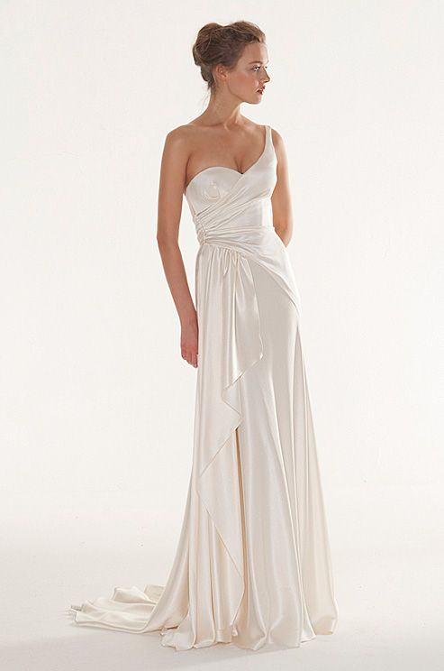 Old Hollywood style wedding dress by Peter Langner, 2013