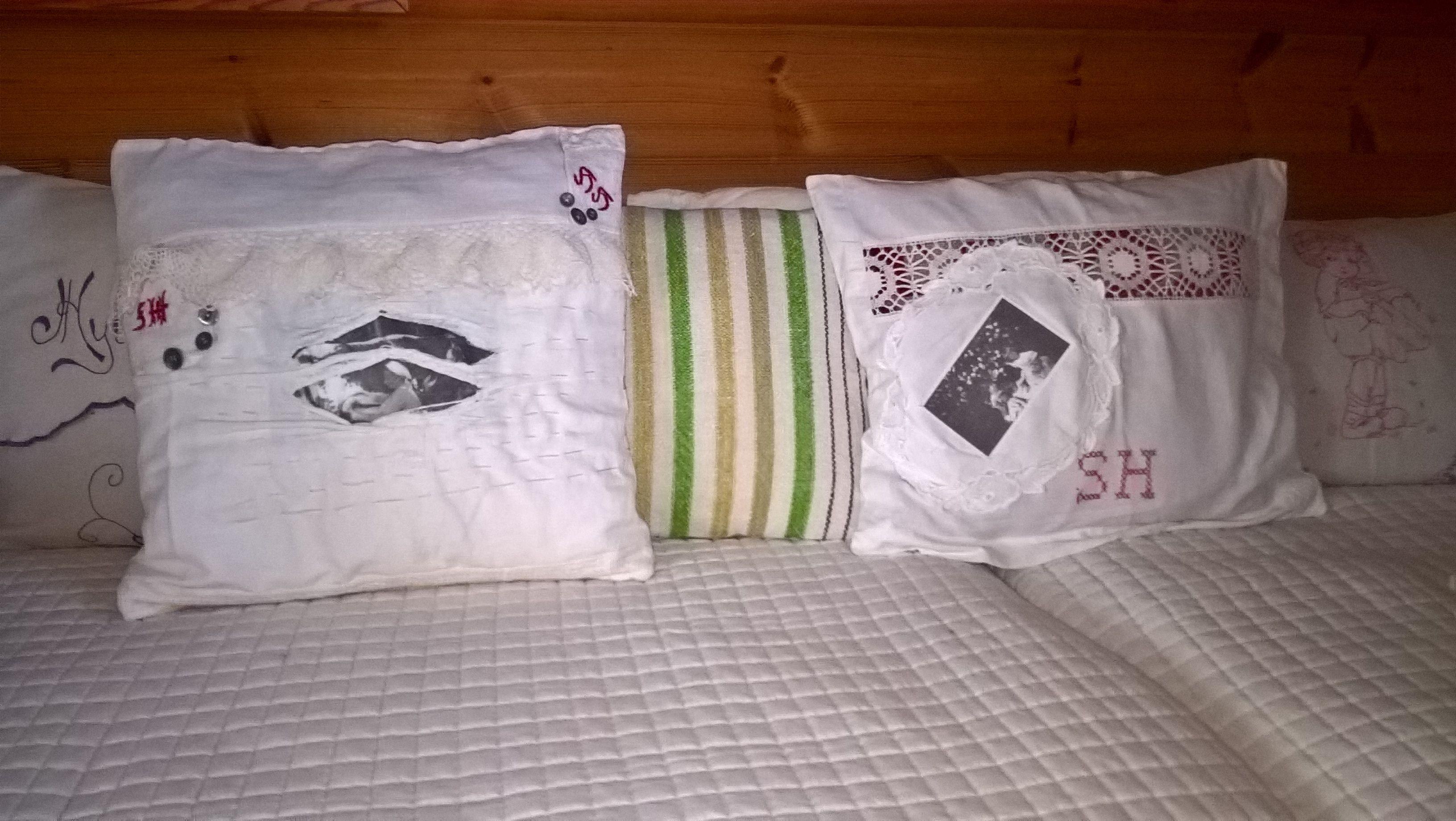 Tyynyjä Siiri-mummo lypsää ja juhannusruusut