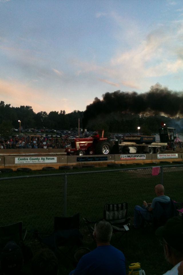 Tractor Pull At Grange Fair Centre Hall Centre County