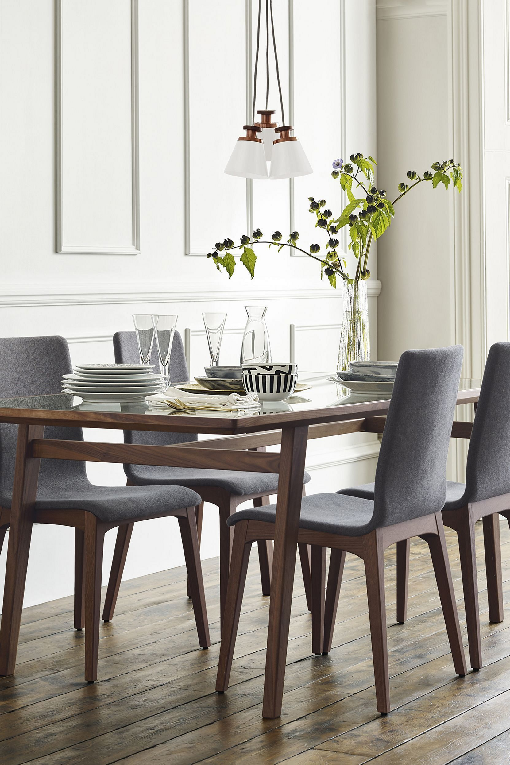 5 Awesome Dining Room Design With Bright Color Dining Table Ideas Freshouz Com Dining Room Design Contemporary Dining Room Tables Modern Dining Room