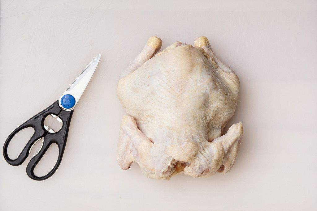 How To Butcher A Chicken With A Pair Of Scissors Chicken