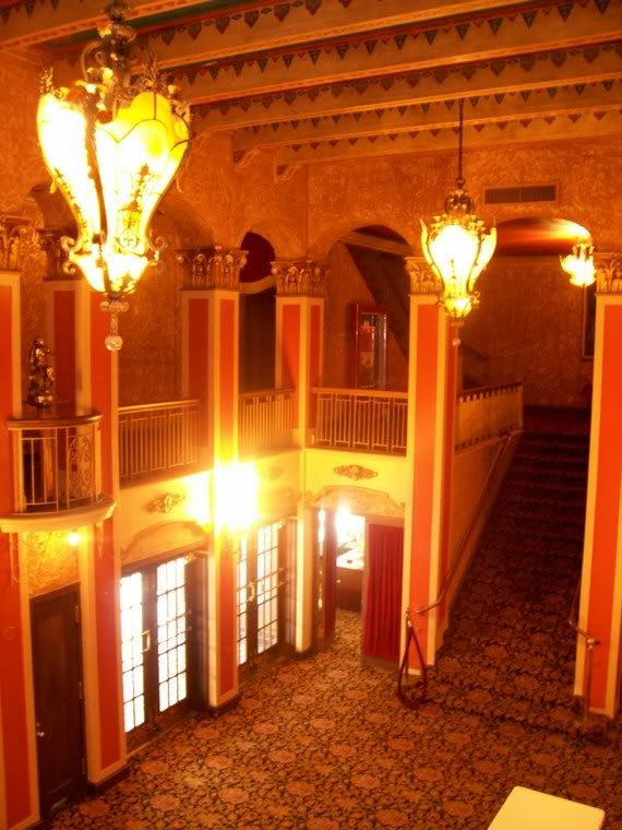 Lobby Of The Historic Paramount Theater In Abilene Tx Theaterjensen Beachabilene