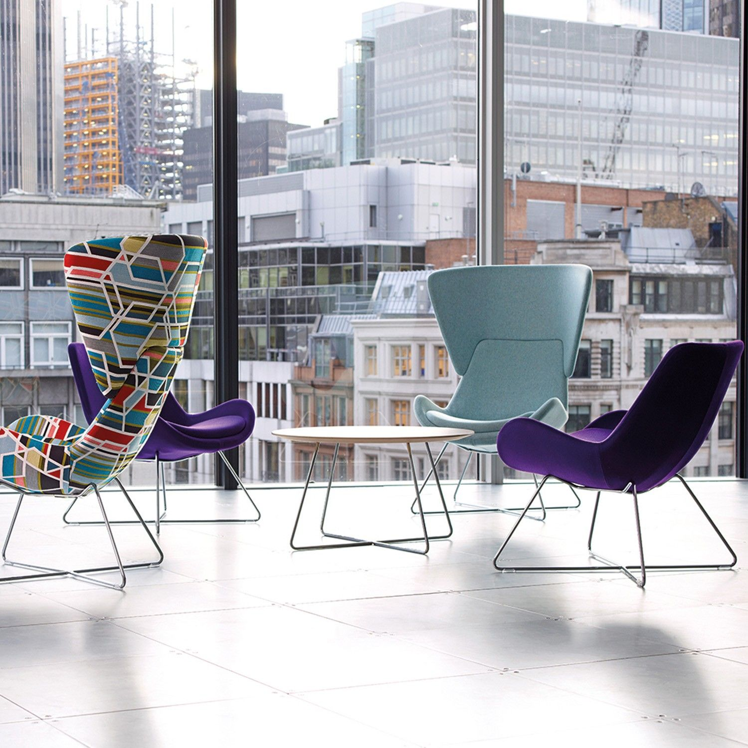 Orangebox new avi chairs smartworking upholstered great design le mobilier que l on aime for Le mobilier design