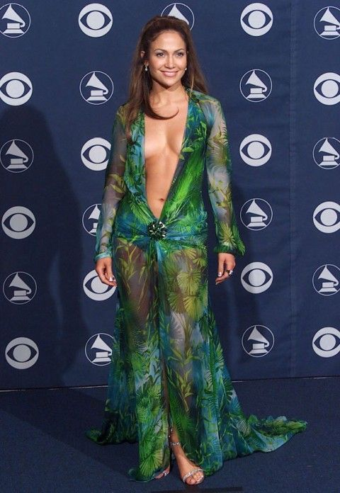 jl los vestidos más memorables de los grammys. conoce la lista