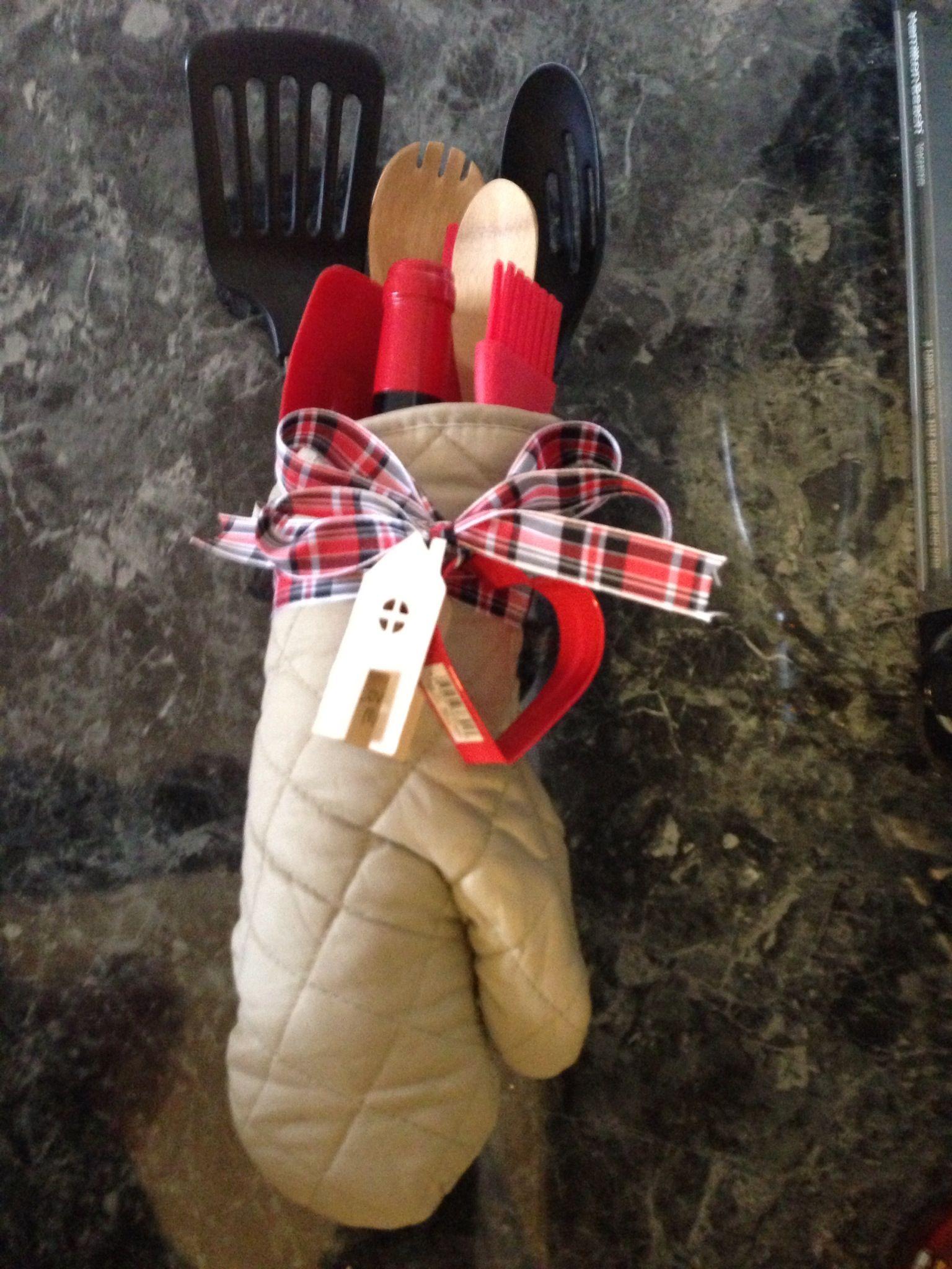 Housewarming Gift bottle of wine & kitchen utensils in