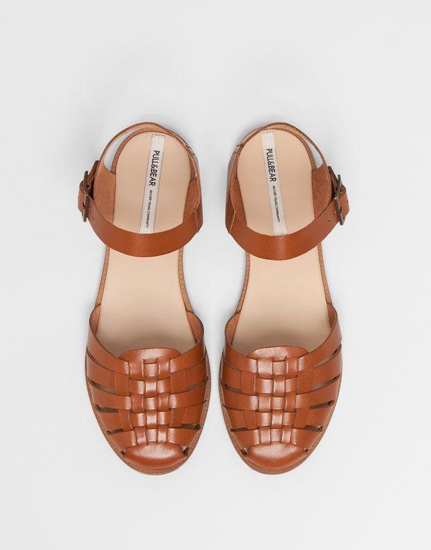 7ccb72614 Pull Bear - zapatos - sandalias - cangrejera piel pulsera - cuero -  11620011-V2015