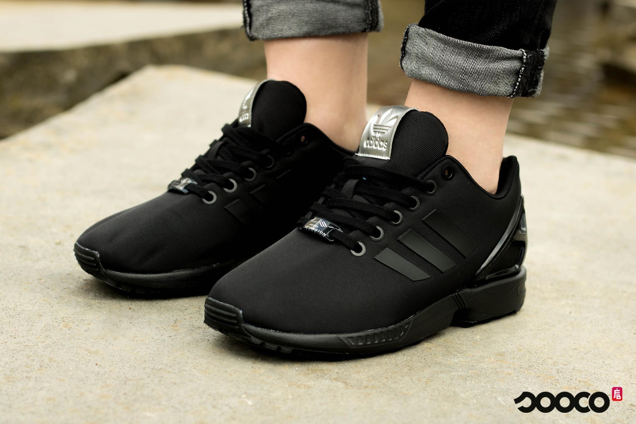 adidas zx flux w zwarte lage sneakers