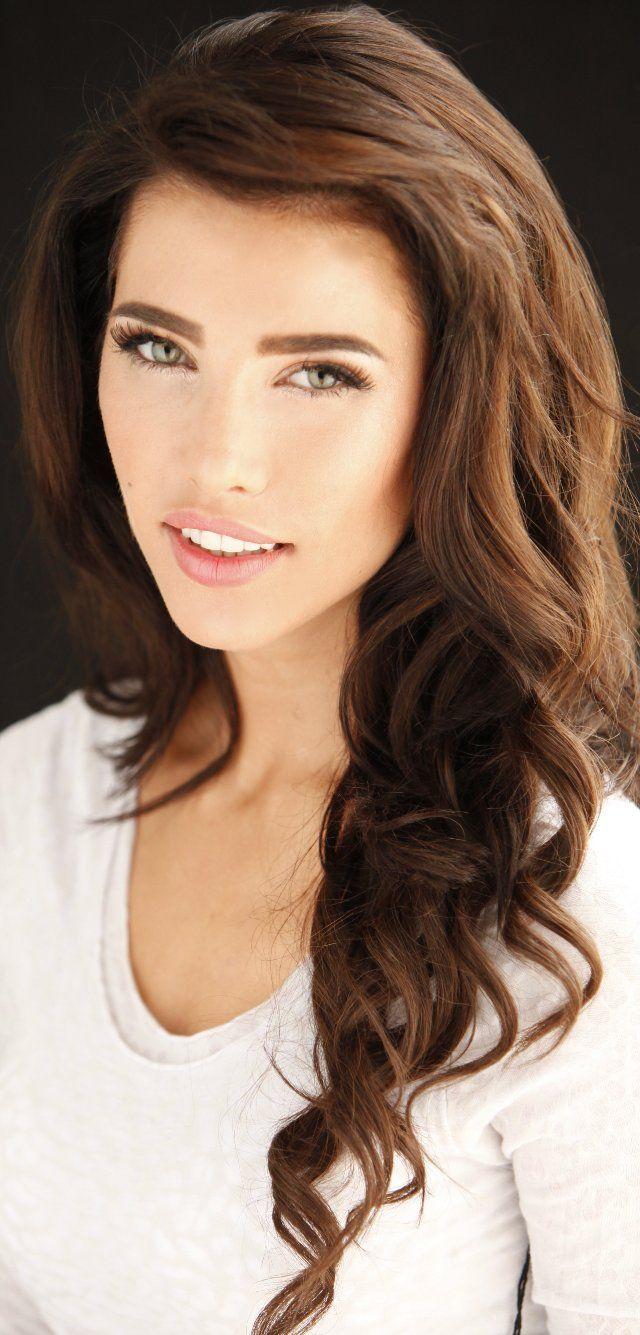 Charlotte Becquin