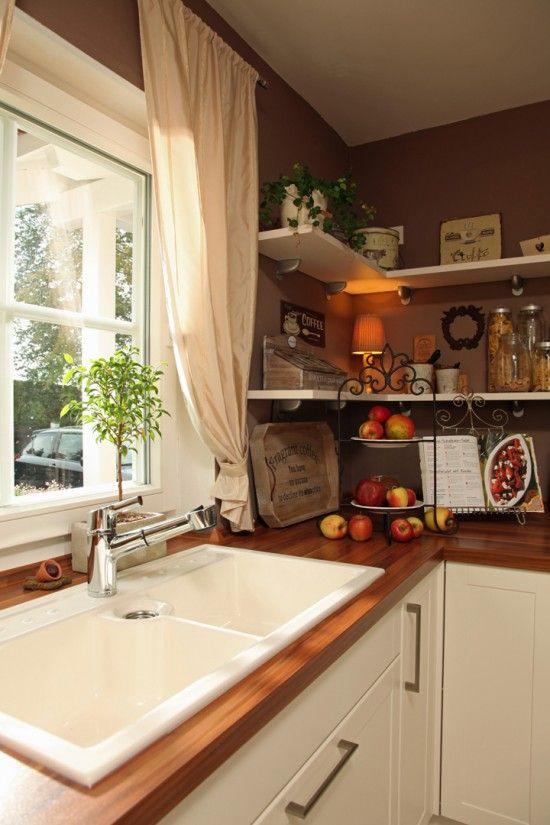 fertighausnet - Wohnideen - Küche und Essplatz kompaktes Landhaus - kche mit kochinsel landhaus
