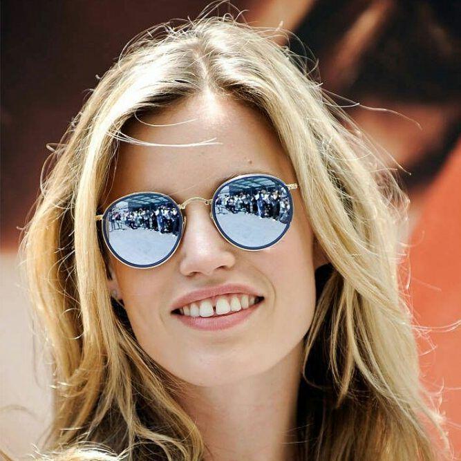 Georgia May Jagger looks stunning in RAY-BAN RB3517 FOLDING  sunglasses   gafasdesol  occhialidasole  lunettesdesoleil  oculosdesol Get the look at  ... 5867145e7c