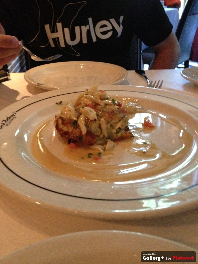 Hands Down Best Crab Cake Ever Vic Anthony S Houston Tx Crab Cakes Recipe Best Crab Cakes Recipes