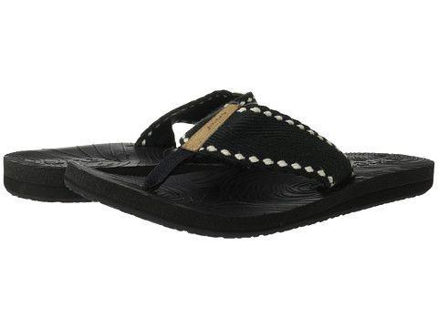 Reef Zen Wonder Flip Flop in Black. #Reef #zenwonder #sandal #flipflop #black #womens #womenssandal #summertime