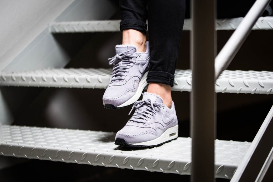 Nike WMNS Air Max 1 Premium Sherpa Pack (light purple