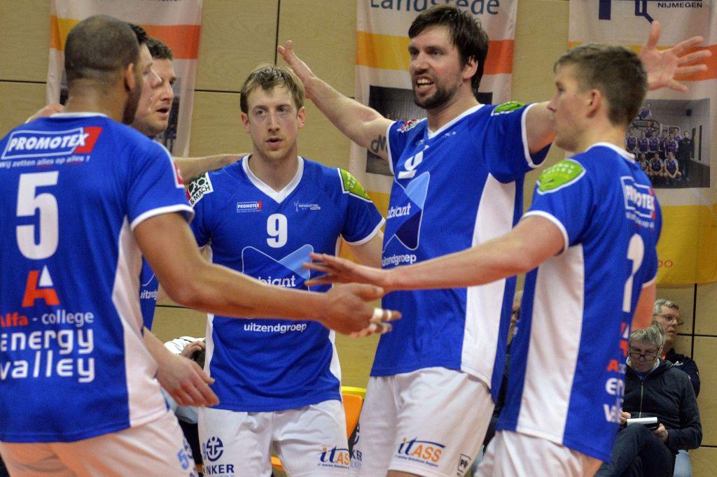 Volleyballers Lycurgus winnen Supercup - Groningen - DVHN.nl