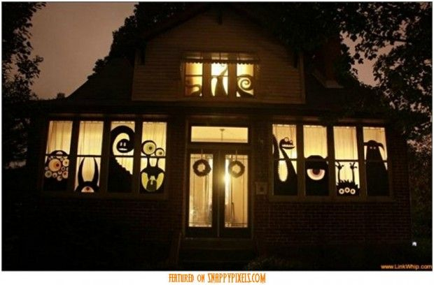 Haunt Your House 18 Ideas to Create the Spookiest Place on the Block - halloween decoration outside