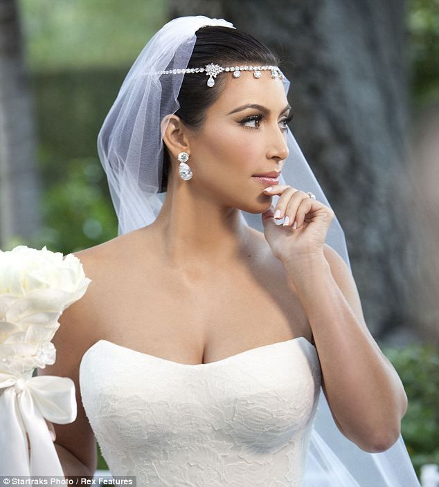 Kim Kardashian And Kanye West Officially Husband Wife Kim Kardashian Wedding Dress Kardashian Wedding Kim Kardashian Wedding