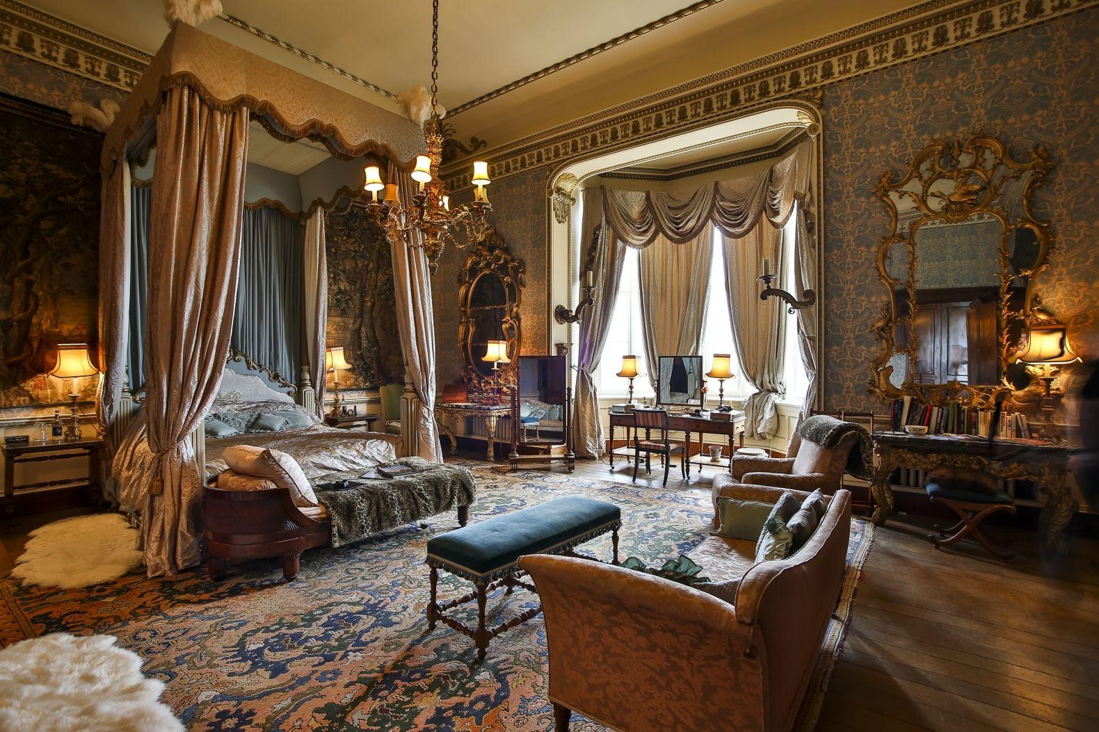 Best Tapestry Room Castle Bedroom Victorian Bedroom Royal 400 x 300