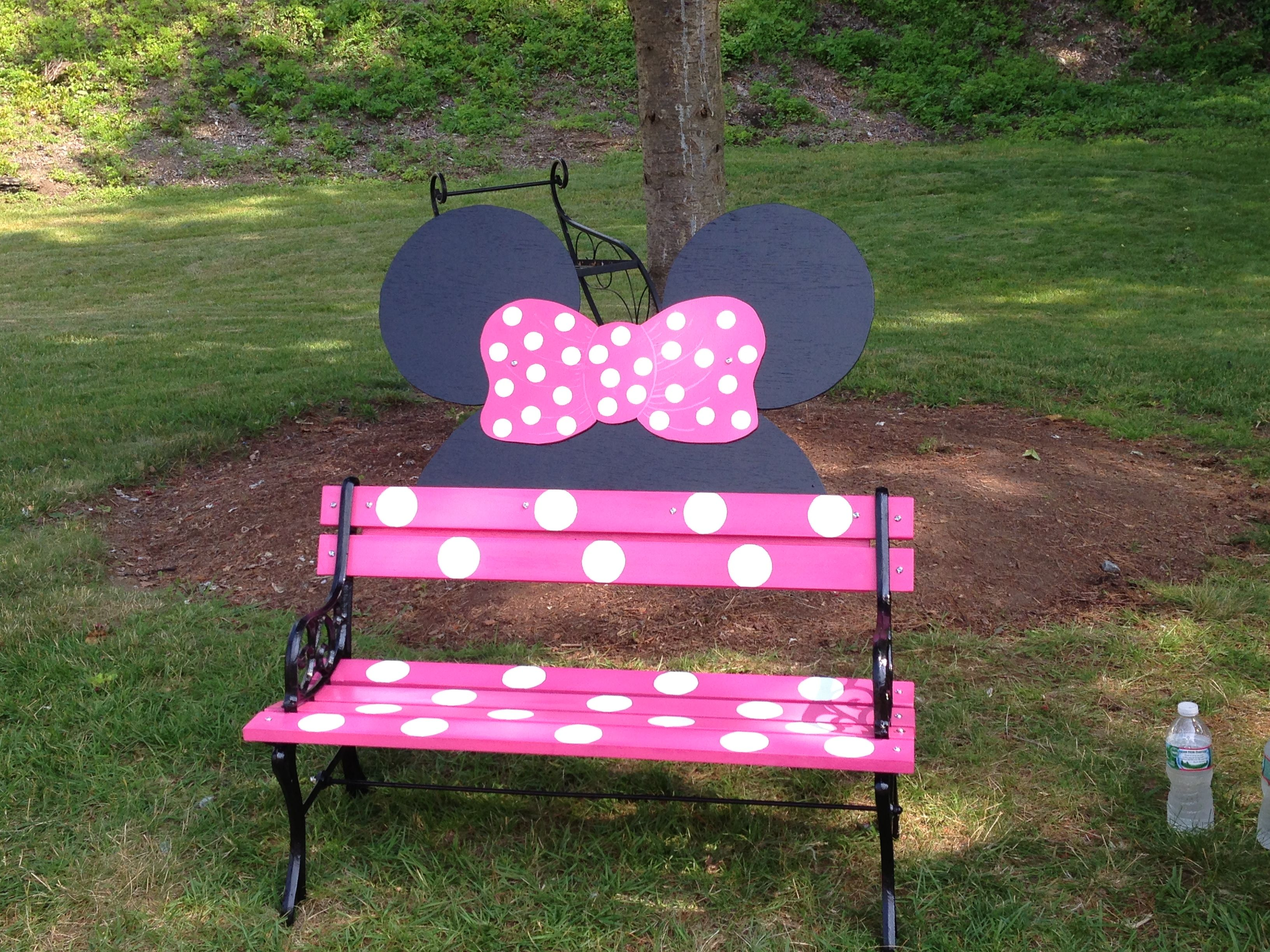 minnie mouse bench too stinking cute ok paw paw get ready to build garten pinterest. Black Bedroom Furniture Sets. Home Design Ideas