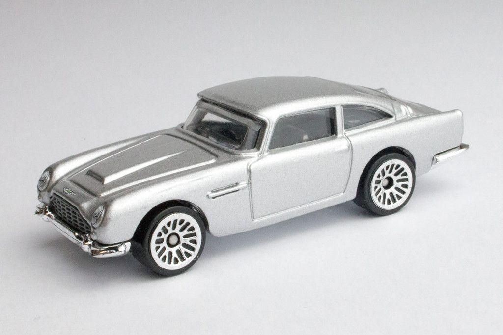 Aston Martin 1963 Db5 Skyfall Aston Martin Aston Martin Models Aston