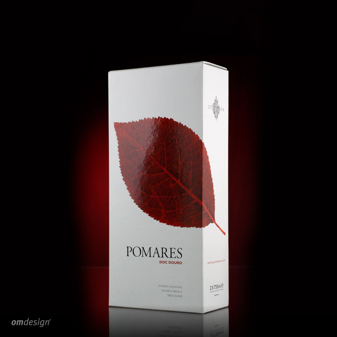 Packaging Pomares 2014 Omdesign Design Portugal Lecadapalmeira Since1998 Awardedagency Designawards Winepackaging Packa Desenho De Marca Agencia De Publicidade E Design