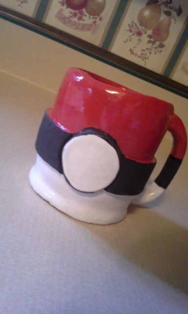 DIY POKEMUG a cute mug made with brown clay and glazed to perfection! Completely food-safe and nontoxic ! Great for those Pokemon lovers!