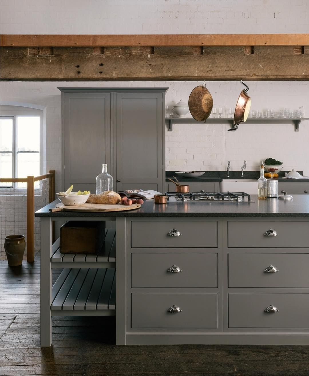 Galley Kitchen Ideas That Work For Rooms Of All Sizes: What A Lovely Idea, To Have Your Hob In Your Central