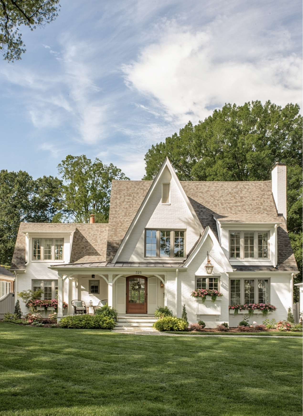 13 Paint Colors For Your White Brick House