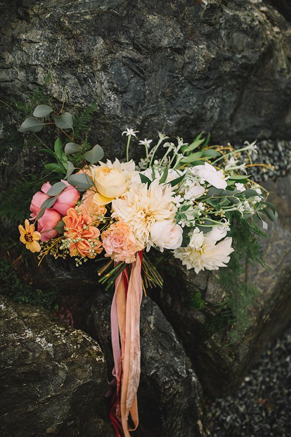 Ombre Bouquet in Peach, Orange, and Coral | Danaea Li Photography and A Day to Remember Events | Romantic Vintage Botanical Wedding Shoot at a Rustic Winery