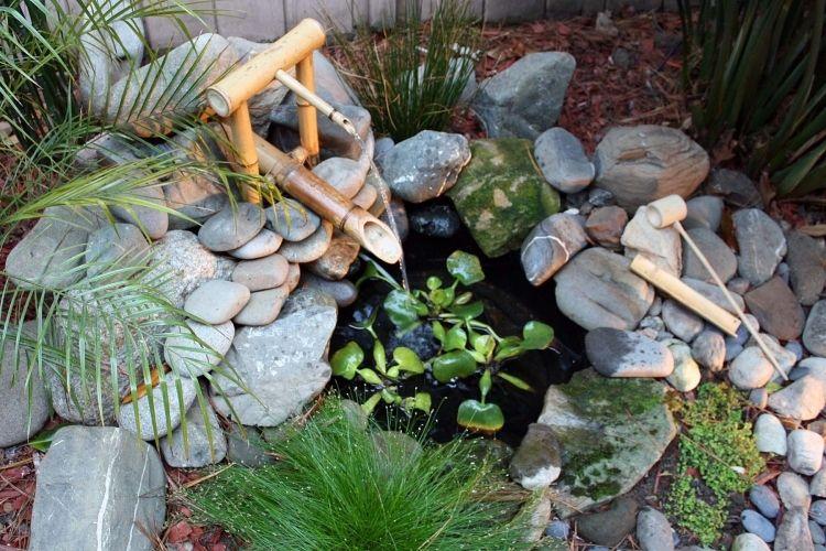 Brunnen Bambus Selber Bauen Garten Deko Steine Fliessendes