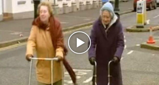Senhora Idosa a Atravessar a Estrada, Hilariante!!! http://www.funco.biz/senhora-idosa-atravessar-estrada-hilariante/