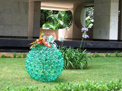 30+ Garden Junk Ideas – How to Create Unique Garden Art from Junk ...