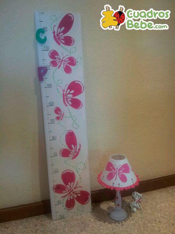 Conjunto de l mpara y medidor para habitaci n infantil o - Medidor infantil madera ...