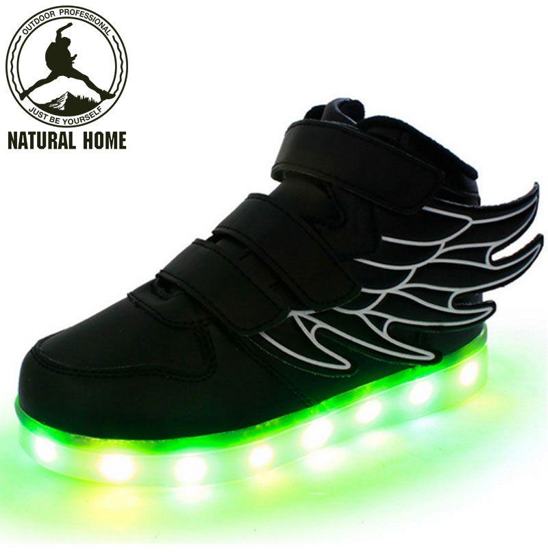 da59b42c15ea8 Encontre mais Sapatos esportivos Informações sobre   Naturalhome   marca  2016 novas crianças de carregamento USB sapatilha crianças sapatos  luminosos LED ...