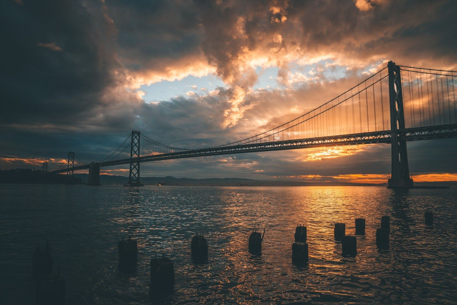 4k Wallpaper Architecture Silhouette Of Golden Gate Bridge During Golden Hour Laptop Wallpaper Vape Pictures Background Images