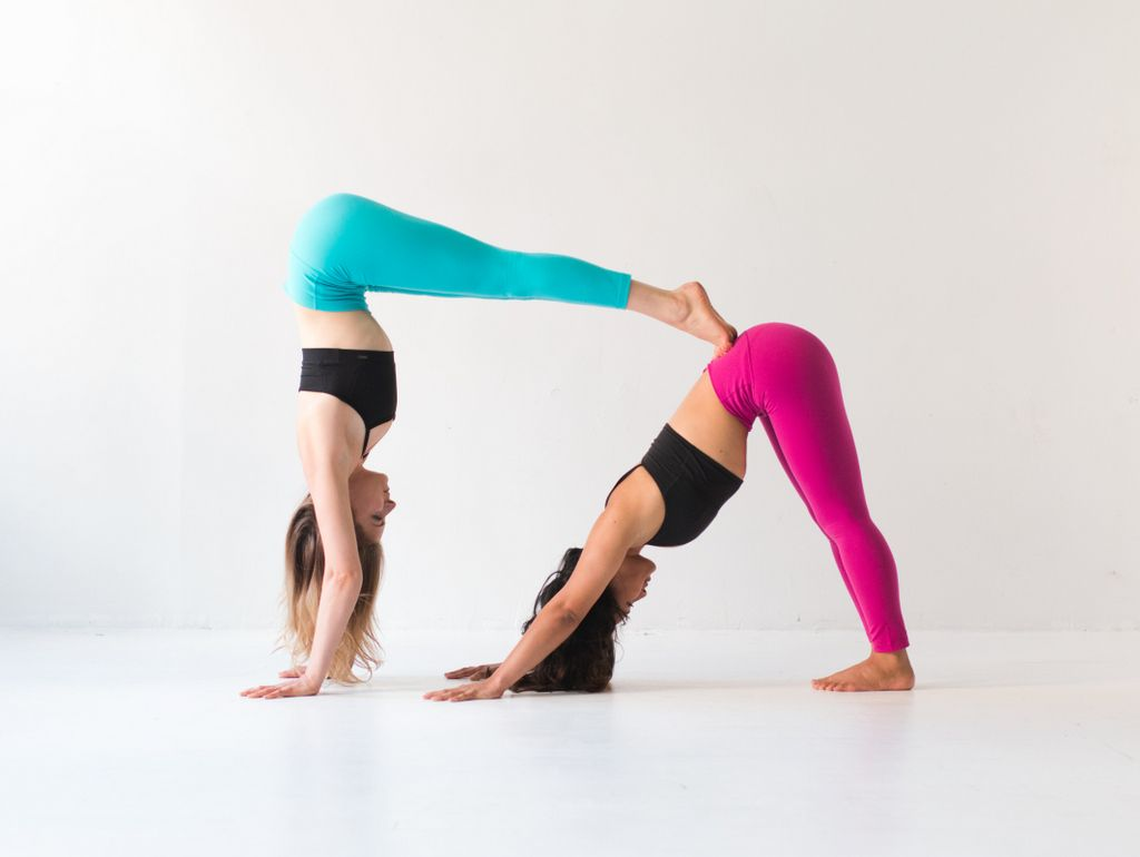 48 Partner Yoga Poses for Couples  Partner yoga poses, Yoga poses