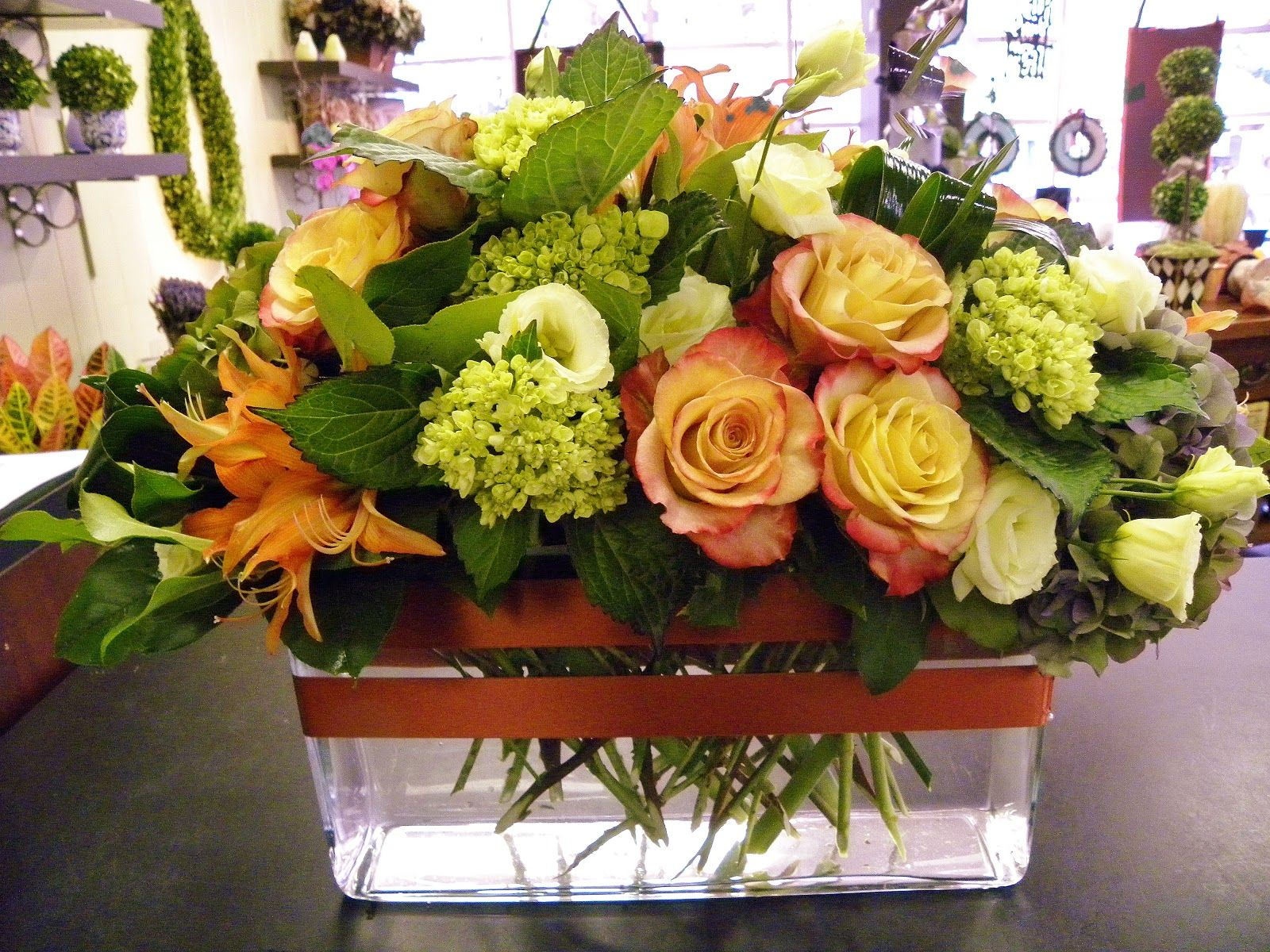 Helen Olivia Flowers Dining Room Centerpiece Dining Room Centerpiece Rectangle Wedding Tables Flower Arrangements Simple