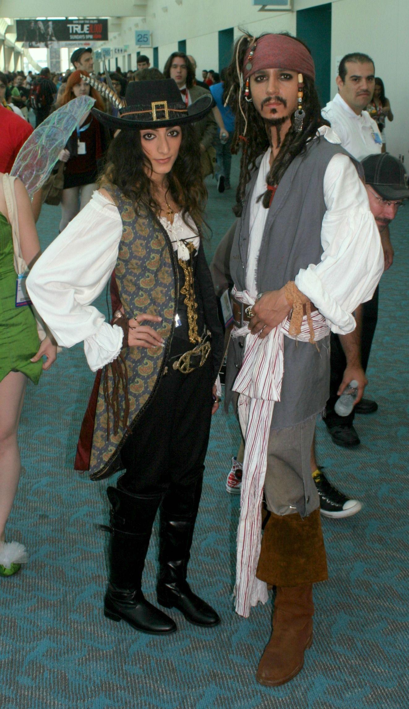 Déguisement Elizabeth Swann Pirates of the Carribean Halloween Costume 4-6X NOUVEAU!!!