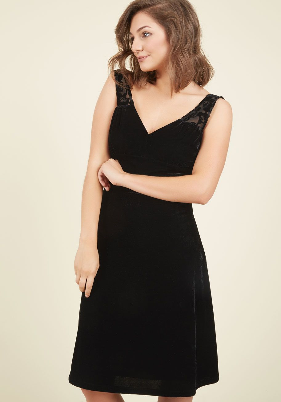 Plus size pin up style wedding dress  Extended Sizes  PinUp to the Challenge Velvet Dress in Onyx
