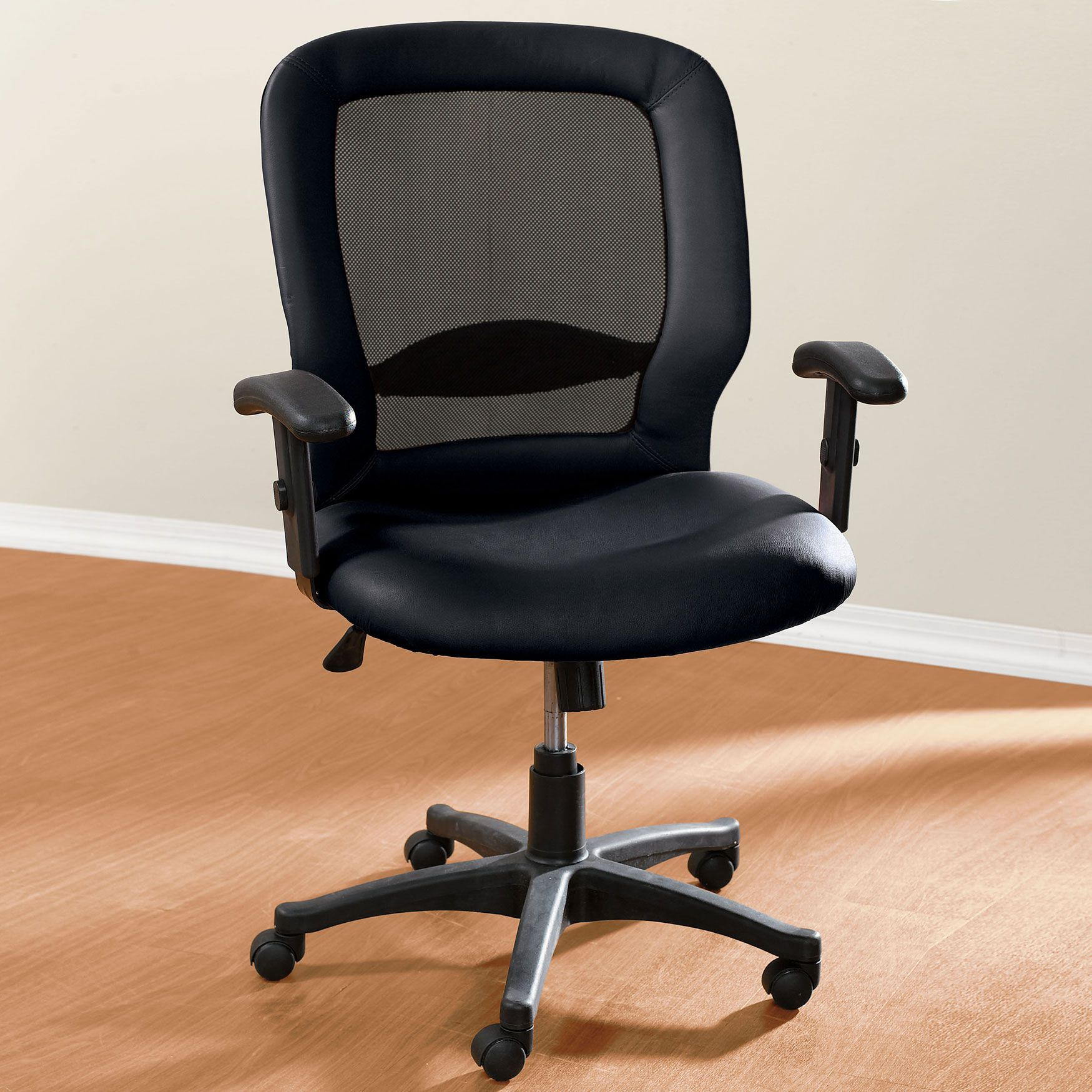 Extra Wide Mesh Computer Chair