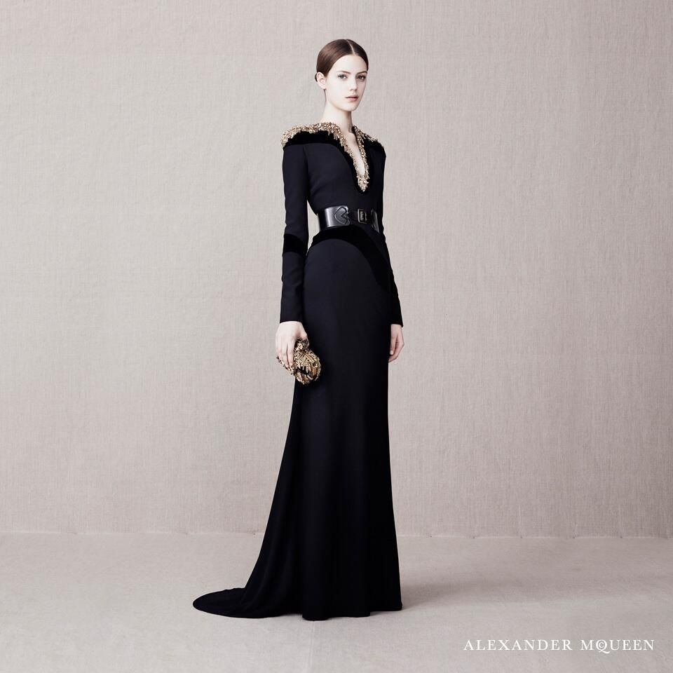 Alexander McQueen Pre AW13 Embroidered Eveningwear   Couture   Pinterest 13876cacd04