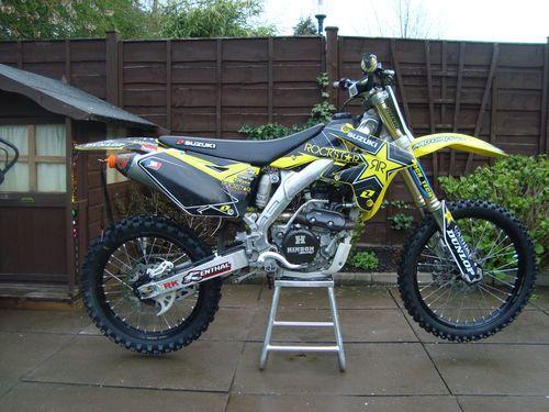 Rmz 250 2450 Dirt Bikes Suzuki Bike