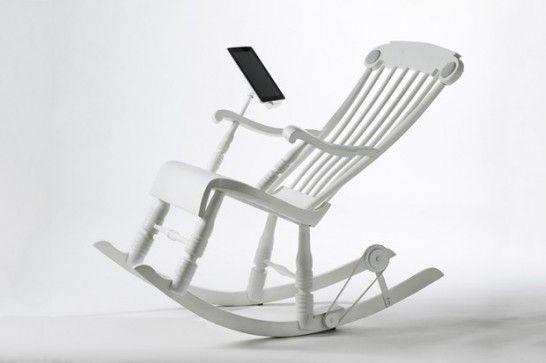 iRock - Suíços criam cadeira de balanço que carrega iPhones e iPods    Minha mãe ia se amarrar em carregar os aparelhos! rsrsrs