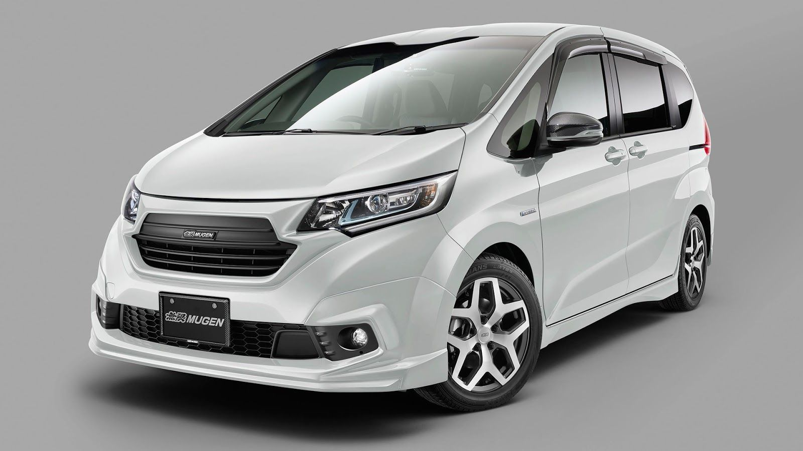 Customized honda minivans will debut at the tokyo auto salon the 2017 tokyo auto salon is