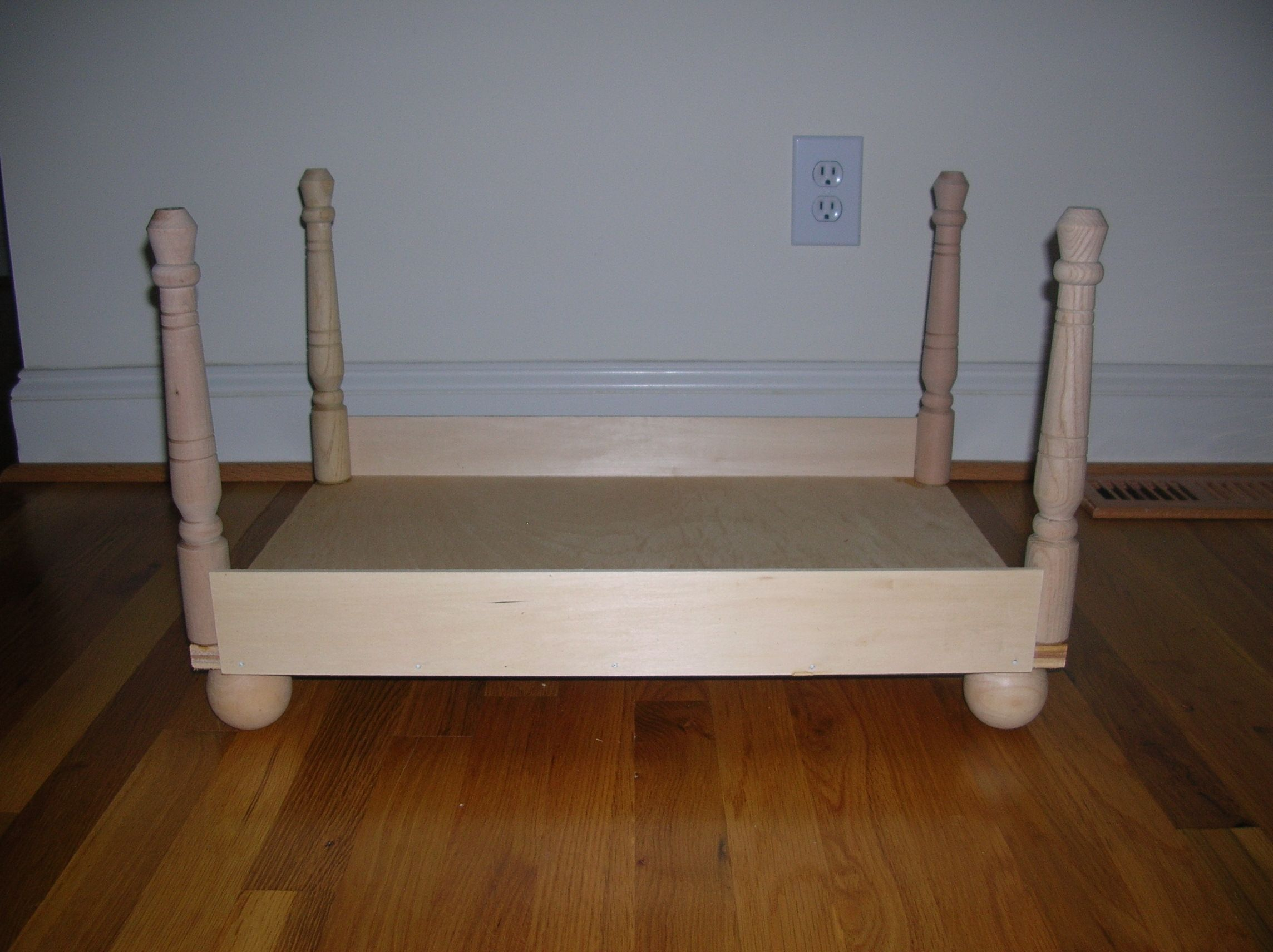 Used 1 Sheet Plywood 16 X24 4 Table Legs 2 Wood Sheets 4 X24 And 4 Doll Heads For The Base American Doll Bed Doll Bed Bed