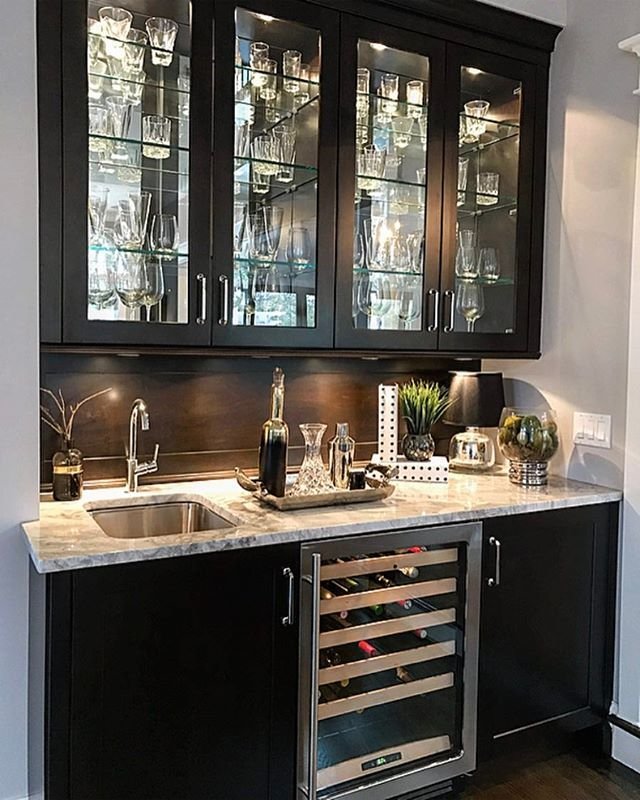 Happy Saturday Night Friends We Re Doing Sum Entertaining With Friends At Home Tonight So I Thought I D Kitchen Wet Bar Home Bar Designs Bars For Home