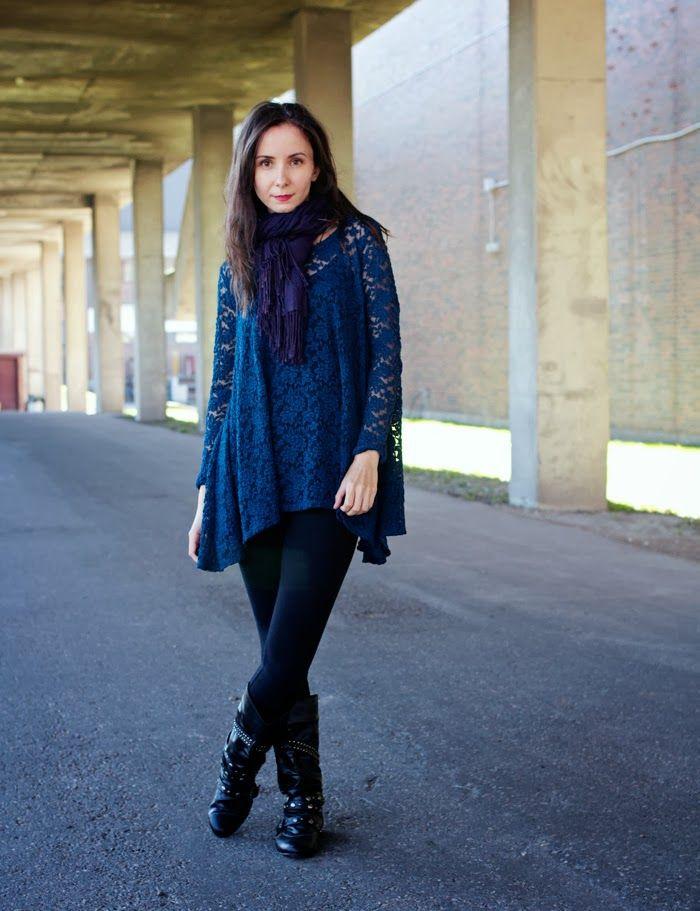 #OOTD with black leggings and lace top. Rule breakin' too ...