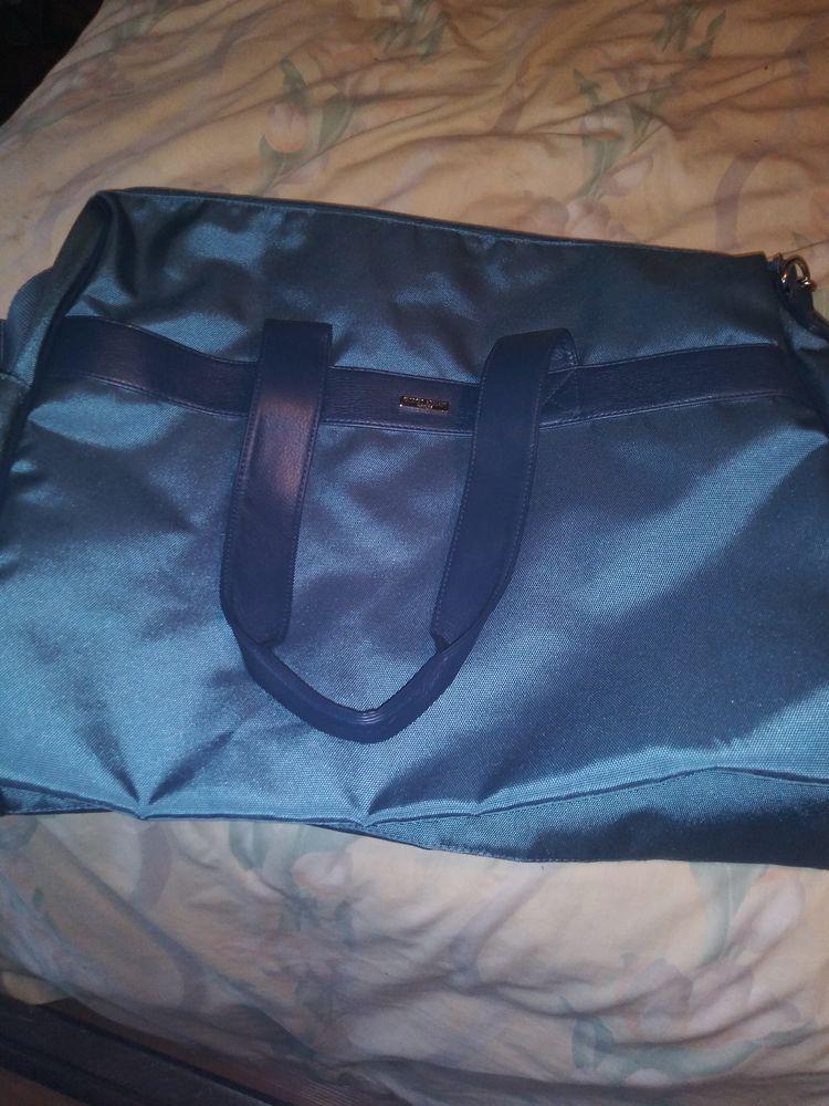 2d9744adaf06 Giorgio Armani Parfums Weekender Blue Duffle Bag - NEW  fashion  clothing   shoes